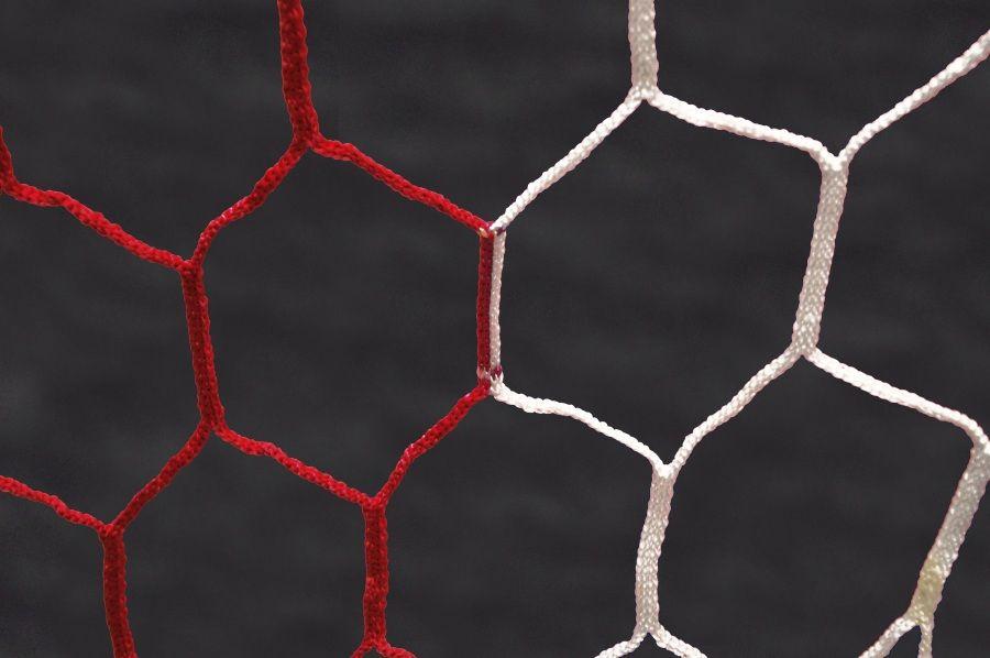 Filet de foot pour but de foot à 11 (7.32 x 2.44m) Maille hexagonale / épaisseur 4mm - Couleurs au choix