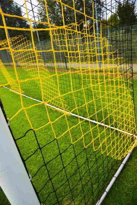 Filet de foot pour but de foot à 11 (7.32 x 2.44m) Maille carrée / épaisseur 4mm - Couleurs au choix
