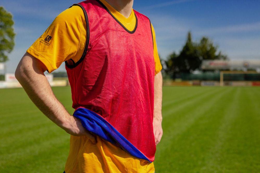Chasuble sport REVERSIBLE - taille / couleur au choix